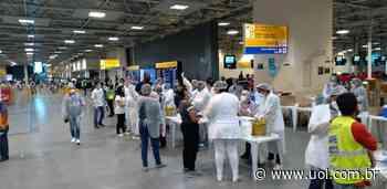 Aeroporto de Guarulhos vacina funcionários acima dos 18 anos contra covid - VivaBem