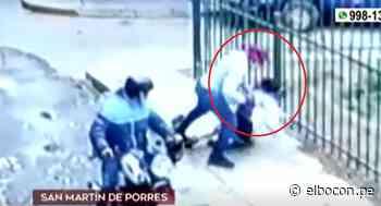 SMP: cámaras captan violento asalto a mujer que fue arrastrada por delincuente tras resistirse al robo de celular - El Bocón