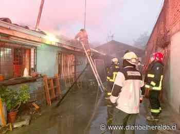 Linares: Heroica acción de vecinos salva a adulta mayor de incendio en su vivienda - Diario El Heraldo Linares