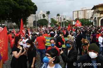 Manifestantes fazem ato contra Bolsonaro e a favor da vacina em Santos - G1