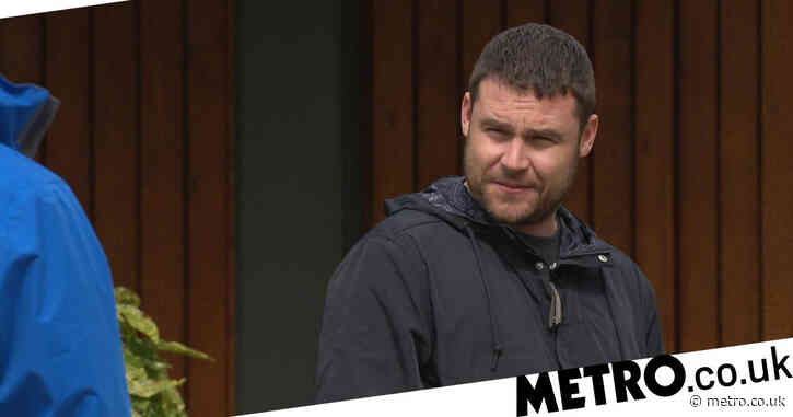 Emmerdale star Danny Miller steps in to save man from suicide