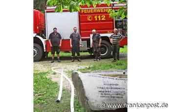 Viele helfende Hände - Wolfsbrunnen am Ackerl sprudelt wieder - Frankenpost