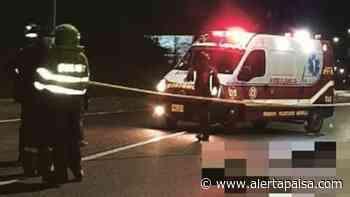 Dos jóvenes que se movilizaban en una motocicleta fallecieron al impactar contra un automóvil en Marinilla - Alerta Paisa