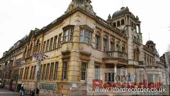 Covid jabs available at Redbridge Town Hall clinic - Ilford Recorder