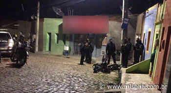 Veja a descoberta em Juazeiro de oficina para desmanche de motos na Rua do Horto - Site Miséria