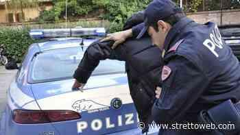 Barcellona Pozzo di Gotto: giovane prende a calci e pugni un agente, arrestato - Stretto web