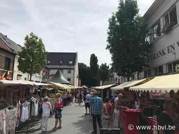 Stokkemse smokkelmarkt start weer in zomervakantie (Dilsen-Stokkem) - Het Belang van Limburg Mobile - Het Belang van Limburg