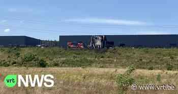 Uitslaande brand in bedrijfshal op industrieterrein Dilsen-Stokkem - VRT NWS