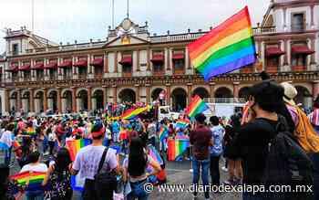 [Video] Con caravana comunidad LGBTTTIQ+ en Xalapa exigió respeto - Diario de Xalapa