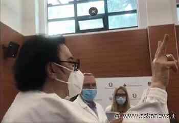"""""""Il vaccino fa il suo lavoro e lo fa bene, numeri chiari"""" (Renato Zero) - askanews"""