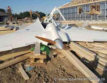Homebuilt plane crashes in Dutton, Ont., pilot airlifted to hospital - NewmarketToday.ca