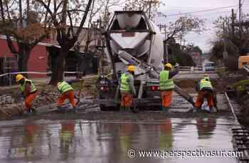 Florencio Varela: Avanzan las obras viales en el barrio Santa Rosa - Perspectiva Sur