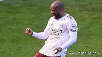La firme postura del Arsenal con Alexandre Lacazette - Fichajes.com