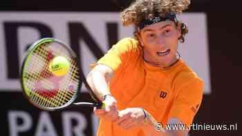 Tennissers Roeblev en Humbert in finale grastoernooi Halle - RTL Nieuws