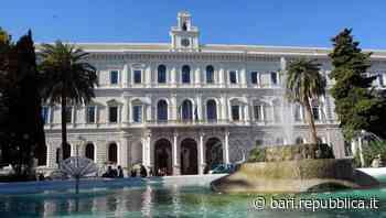 """Bari, università chiusa per il Covid ma le tasse aumentano lo stesso: """"In 5 anni più di 600 euro"""" - La Repubblica"""