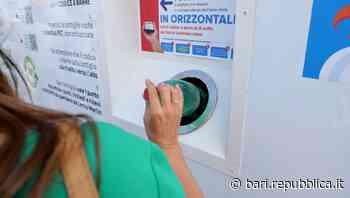 Bari, arrivano gli ecocompattatori: smaltite le bottiglie di plastica e sarete pagati. Ecco come fare - La Repubblica