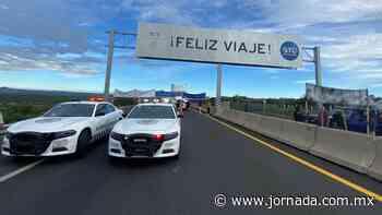 Bloquean autopista León-Aguascalientes; exigen pago por afectaciones - La Jornada