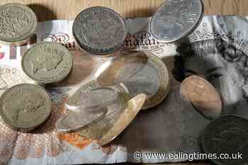 Rising inflation could cut average household incomes by £700, study suggests - Ealing Times