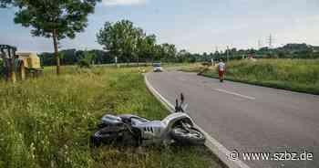 Ehningen/Dagersheim Rollerfahrer nach Unfall schwer verletzt - Sindelfinger Zeitung / Böblinger Zeitung