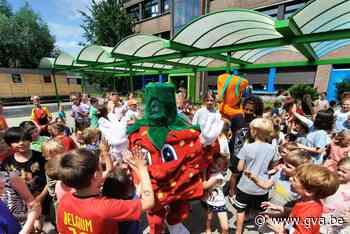 En 'The Masked Teacher' is... (Kontich) - Gazet van Antwerpen Mobile - Gazet van Antwerpen