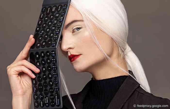 Slim-Fold wireless folding keyboard hits Kickstarter