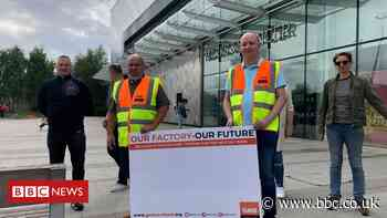 McVitie's workers protest over 500 job losses