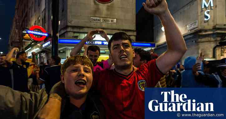 Scotland and England fans in London after Euro 2020 stalemate – video
