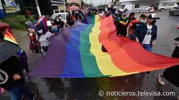 Realizan marcha de la diversidad en Chilpancingo, Guerrero; este 2021 cumplió 20 años de celebrarse - Noticieros Televisa