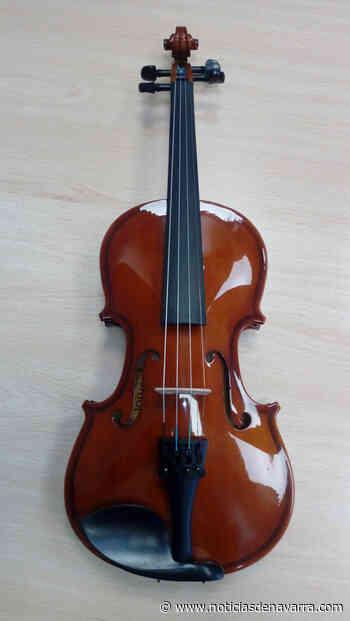 Recuperado por su dueño el violín encontrado en plena calle en Pamplona - Noticias de Navarra