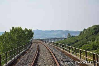 Oggi sit-in alla stazione di Asti per dire 'sì' alla ferrovia Asti-Alba - LaVoceDiAsti.it