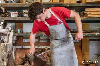 Près d'Argentan, Nathan Schiering maîtrise l'art de la coutellerie - actu.fr