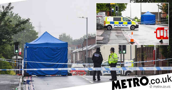 Man shot dead as murder hunt launched to find killer