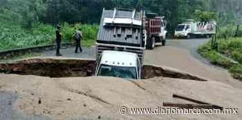 Ramal Río Grande-Juquila está cerrado; lluvias causaron socavón - Diario Marca de Oaxaca