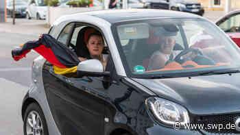 So schaut Geislingen das EM-Spiel und feiert den Sieg über Portugal.: Hauch von Sommermärchen in Geislingen - SWP