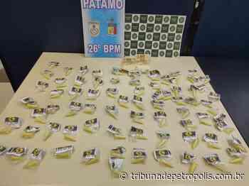 Homem é preso com 74 pinos de cocaína no Vale do Carangola   Tribuna de Petrópolis - Tribuna de Petrópolis