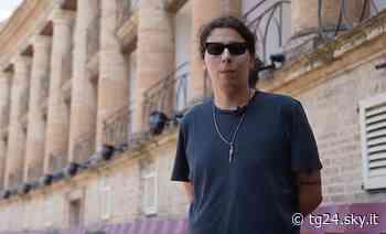 """Claudio Coccoluto, il figlio Gianmaria: """"Fare musica come mio padre mi rende orgoglioso"""" - Sky Tg24"""