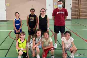 Le club de basket de Franqueville et Mesnil-Esnard, près de Rouen, recrute des filles - actu.fr