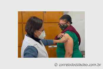 Profissionais da varrição pública são vacinados contra Covid-19 em Guarapuava – Correio do Cidadão - Correio do CIdadão