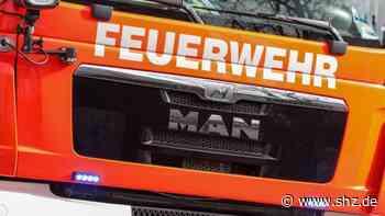 Großer Moorweg in Tornesch: Hawesko-Technikhaus steht unter Wasser: Feuerwehr ruft Spezialfirma   shz.de - shz.de