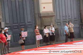 """Benevento, le """"Sentinelle in piedi"""" protestano contro il Ddl Zan - anteprima24.it"""