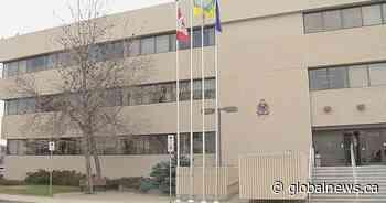 Police investigate after injured man dies at Regina hospital - Global News
