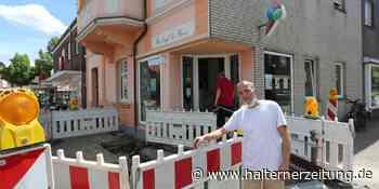 Wasserrohrbruch: Riesiges Loch klafft vor Eiscafé de Bona | Olfen - Halterner Zeitung