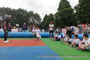 Roubaix : Yannick Noah et son association Fête le mur présents pour promouvoir la pratique du tennis - France 3 Régions