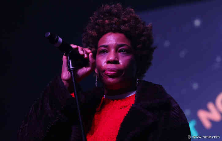 """Macy Gray calls for American flag redesign so that it represents """"all of us"""""""