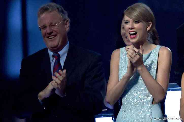 Taylor Swift's Dad Says He Still Has Guitar Picks From 'Red' Tour 'If They're Needed'