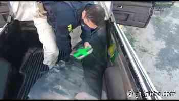 Carro com 21 kg de drogas é apreendido em Caucaia, na Grande Fortaleza; dois suspeitos fogem - G1
