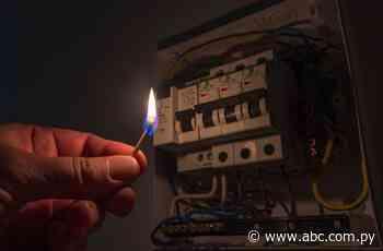 San Juan Bautista: Apagón general de electricidad en pleno conteo de votos - Nacionales - ABC Color