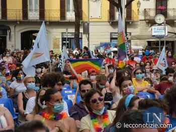 """Lecco   L'arcobaleno del Pride colora il centro. """"In piazza per i diritti"""" - Lecco Notizie"""