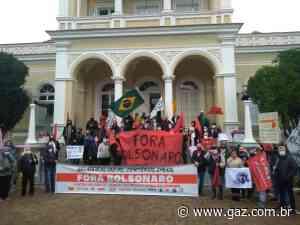 Manifestantes protestam contra o governo federal em Santa Cruz - GAZ