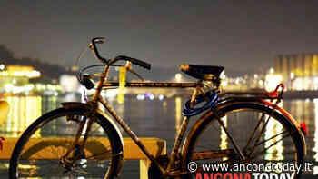 Ubriaco gira di notte con la bicicletta, poi l'ammissione: «Non è mia, l'ho rubata» - AnconaToday